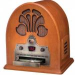Crosley-1930s-retro-style-Cathedral-radio-CD-player-CR32CD
